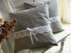 Cute Pillows, Diy Pillows, Decorative Pillows, Diy Cushion Covers, Cushion Cover Designs, Sewing Crafts, Sewing Projects, Cushion Embroidery, Knitting Designs