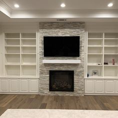 Wall Units With Fireplace, Built In Around Fireplace, Fireplace Feature Wall, Basement Fireplace, Fireplace Bookshelves, Brick Fireplace Makeover, Fireplace Built Ins, Home Fireplace, Fireplace Remodel