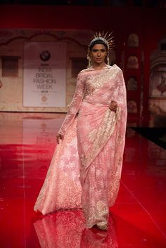 Sari by Suneet Verma at India Bridal Fashion Week 2014 Traditional Indian Wedding, Traditional Dresses, Bmw India, Bridal Sari, Modern Saree, Stylish Sarees, Buy Sarees Online, Bridal Fashion Week, Indian Couture