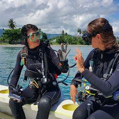 Scuba Wetsuit, Scuba Girl, Womens Wetsuit, Underwater, Diving, Tights, Girls, Instagram, Navy Tights