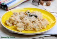 Gnocchi di pane #giovedignocchi #gnoccoricetta - #SocialEatingITALIA #SocialEating #ITALIA #HomeRestaurant #foodPorn #SOCIALidee #Italy #ricette #idee #curiosità #recipe #italianfood #SOCIALtips #yummy #delicious #family #happy #comunicareconilcuore #espresso42 altre foto su https://www.instagram.com/socialeating_italia/