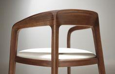 Fauteuil Corvo - Bernhardt Design By Noe Duchaufour-Lawrence