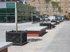 Equipamiento: es el mobiliario que predomina en uso publico, se puede encontrar en espacios públicos, ademas puede tener un uso especifico dependiendo la zona donde se encuentre.