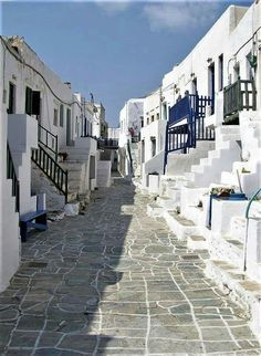 Street in Cyclades Mykonos, Santorini, Paros, Places To Travel, Places To See, Beautiful World, Beautiful Places, Greek Isles, Greece Travel