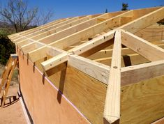 Build your house - Roof Framing - Home tips Galvanized Metal Roof, Corrugated Metal, Build Your House, Building A House, Metal Shed Roof, Roof Design, House Design, Roof Sheathing, Pergola With Roof