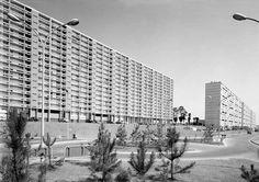 La Duchère - Lyon - 1964 Lyon, Council Estate, Googie, Architecture, Skyscraper, Buildings, Multi Story Building, Technology, Street