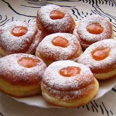 Farsangi fánk egyszerűen Receptek a Mindmegette. Hungarian Desserts, Hungarian Cuisine, Hungarian Recipes, Donut Recipes, Baking Recipes, Cake Recipes, Delicious Donuts, Delicious Desserts, Yummy Food