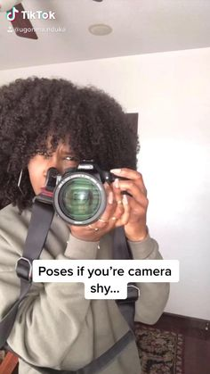 Fashion Photography Poses, Fashion Poses, Girl Photography Poses, Photography Editing, Creative Photography, Photo Editing, Photography Angles Tips, Perspective Photography, Photography Hacks