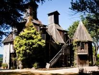 Redwoods & Rivers & Wine! Our favorite Russian River Winery is located in this active area, enjoy rustic outdoors, Russian River and Redwoods!!