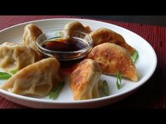 (6) Perfect Potstickers - Easy Pork Pot Stickers Recipe - YouTube
