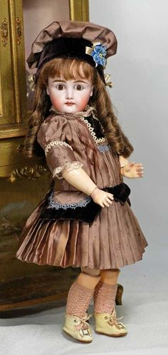 Lot: EARLY GERMAN BISQUE CHILD BY KESTNER. Marks: 7 ., Lot Number: 0075, Starting Bid: $200, Auctioneer: Frasher's Doll Auction, Auction: Doll Auction of Enchanted Mansion Doll Museum, Date: April 3rd, 2016 EDT