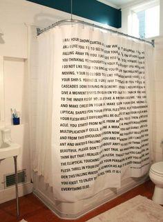 Nos han gustado mucho estas cortinas de baño, ¡geniales para leer en la ducha! :-D