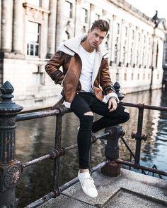 New Sneakers Street Style Men Casual Ideas Stylish Winter Outfits, Casual Outfits, Men Casual, Men Looks, Fashion Moda, Mens Fashion, Street Fashion, Mens Fleece Jacket, Best Leather Jackets
