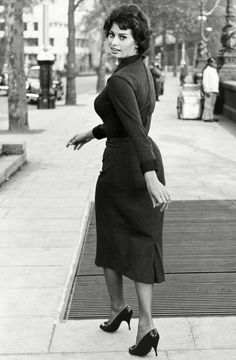 Sophia Loren walking the streets of London circa 1957
