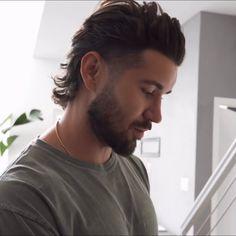 Mullet Haircut, Beard Haircut, Mullet Hairstyle, Fade Haircut, Mullet Fade, Mens Mullet, Hair And Beard Styles, Curly Hair Styles, Mohawk Hairstyles Men