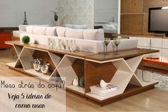 Decoração atrás do sofá? Já pensou nisso? Que tal usar uma mesa atrás do sofá? Veja 5 formas de usar na sua casa e deixá-la ainda mais charmosa.