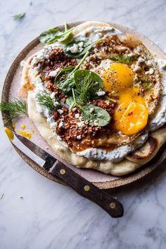 Turkish-Fried-Eggs-in-Herbed-Yogurt-4.jpg 600×900 píxeles