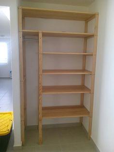 Ideas Closet De Madera En Esquina For 2019 Pallet Furniture, Furniture Projects, Home Projects, Diy Storage Shelves, Shelving, Diy Wardrobe, Closet Remodel, Home Room Design, Closet Designs