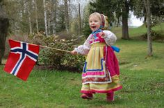 MAY 17 - THE NORWEGIAN CONSTITUTION DAY