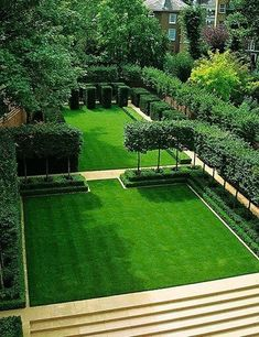 Yew cubes, pleached hornbeam, and boxwood hedges frame a lawn in London. Designer Luciano Giubbilei garden design Rooms With a View Modern Landscape Design, Modern Landscaping, Landscape Architecture, Landscaping Ideas, Garden Landscaping, Fashion Architecture, Architecture People, Modern Backyard, Architecture Design