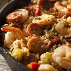 "@mesrecettesfacilesandco shared a photo on Instagram: ""Jambalaya au chorizo Ingrédients pour 4 📝 - 250 g de riz long - 100 g de chorizo - 20 crevettes roses cuites - 5 tomates - 6 oignons…"" • Jul 12, 2021 at 9:45am UTC Plat Simple, Jambalaya, Chorizo, Kung Pao Chicken, Cauliflower, Roses, Vegetables, Ethnic Recipes, Instagram"