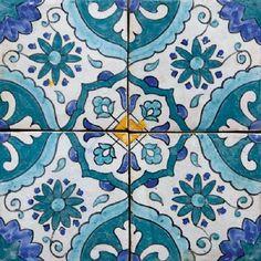 Moroccan tile design blue moroccan tile, morrocan room d Blue Moroccan Tile, Moroccan Print, Tile Stairs, London Design Festival, Tile Patterns, Colour Schemes, Tile Design, Mosaic Tiles, Living Room Designs