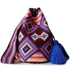 $89.90-$92.90 #Wayuubags. Large Wayuu bag are yourgo-tocomfortable cross-body bags for the beachandthe city. You can't have just one!All Wayuu bags come with a handwritten postcard, and little gift. The time required to elaborate a Wayuu Mochila varies from 10-15 days. www.lombiaandco.com