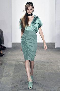 Costello Tagliapietra Spring 2009 Ready-to-Wear Fashion Show - Natalia Schueroff