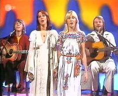 It was a good year for Abba as they had three UK number one hits, Mamma Mia, Fernando and Dancing Queen, which was their only number one hit in the US. Their music was irresistibly popular thanks to ultra-catchy tunes, disco beats and the unique mix of the four voices.