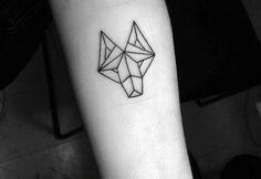 Graphic tattoo wolf men