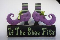 If The Shoe Fits. Halloween Blocks, Halloween Wood Crafts, Halloween Signs, Holidays Halloween, Scary Halloween, Holiday Crafts, Halloween Decorations, Halloween Camping, Wood Block Crafts