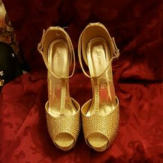 Gold Crystal studded Shoes New Crystal studded Shoes Shoes Heels