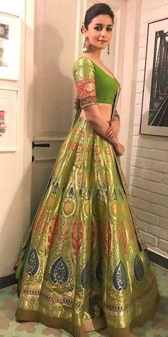 Best of Bollywood fashion - major inspiration for your bollywood lehenga. Fab filmi brides & their onscreen wedding lehengas to inspire your designer dream. Indian Lehenga, Banarasi Lehenga, Bollywood Lehenga, Bollywood Outfits, Bollywood Fashion, Green Lehenga, Alia Bhatt Lehenga, Ghagra Choli, Banarasi Suit