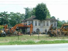 Old House between Ipoh - Batu Gajah Malaysia