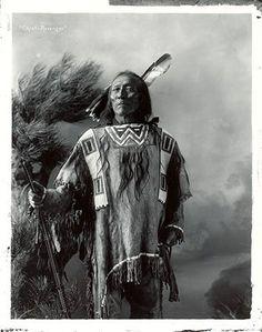 Revenger - Crow - 1900 - Native American