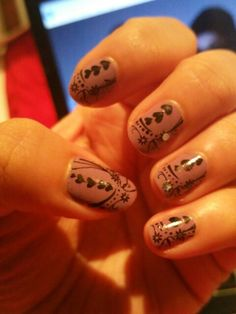 Random nail art by gel pen