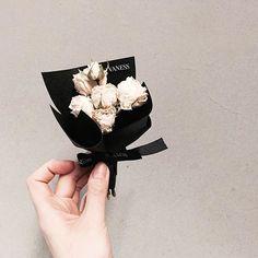 . 레슨 주문 문의  카톡ID vaness52 . #vanessflower #vaness #flower #florist #flowershop…