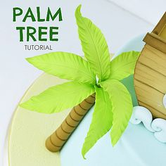 Next use the fine side of the dresden tool to f Palm Tree Cakes, Palm Trees, Fondant Tree, Fondant Flowers, Foto Pastel, Safari Cakes, How To Make Icing, Edible Glue, Biscuit