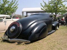 1939 Dodge coop