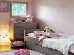Murs rose pastel chambre