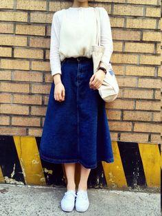 sunnn__y스니커즈「VANS 」를(을) 사용한 코디네이트 Midi Skirt, Skirts, How To Wear, Style, Fashion, Moda, La Mode, Midi Skirts, Skirt