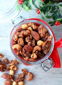 Sukkerfri, brente julenøtter - LINDASTUHAUG Nutella, Almond, Food, Essen, Almond Joy, Meals, Yemek, Almonds, Eten