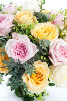 Yellow roses for friendship and joy, pink roses for admiration and white ones for innocence and charm #pink #yellow #white #rose #blossom #petals #bestflowerspics #bestflowersintown #flowershop #flowersofinstagram #flowerstagram #花