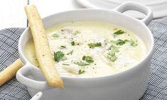 Soep is gezond, slank én lekker. En je kunt er eindeloos mee variëren. Deze mosterdsoep met kabeljauw is net even anders dan een mosterdsoep.