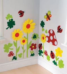 Felt Flower Meadow Repositionable Wall Stickers, hmmmm I wonder if I could do this myself? Felt Flower Meadow Repositionable Wall Stickers, hmmmm I wonder if I could do this myself? Decoration Creche, Class Decoration, School Decorations, Hallway Decorations, Board Decoration, Kids Crafts, Preschool Crafts, Diy And Crafts, Paper Crafts