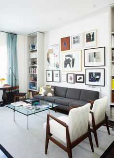 Gallery wall in gray