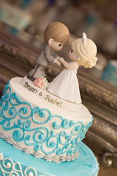 18 Creative Wedding Cake Topper Inspiration Ideas ❤ See more: http://www.weddingforward.com/wedding-cake-topper-ideas-inspiration/ #weddings #cakes