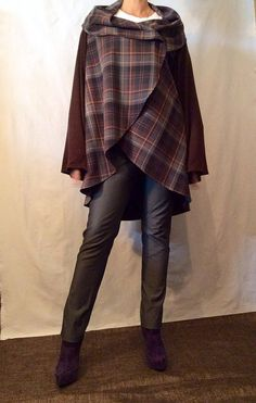 Woman Handmade Wool blend knitwear CAPE mantle Brown Grey by IOGOO