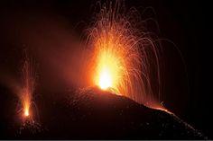 ストロンボリ火山、ストロンボリ島、ストロンボリ火山登山ツアー、ストロンボリ火山登山旅行