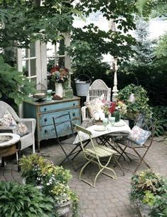 outdoor vintage setting